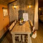 Safaritent Eettafel met stoelen