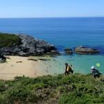 Wandelen naar de strandjes op eiland Belle Ile en Mer