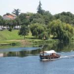 Bootje op de rivier de Dordogne vlakbij Bergerac