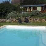 het zwembad bij kleinschalige camping Eco lodge