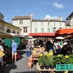 Gezellige Franse markt in Bergerac