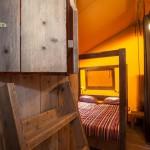 Safaritent Bedstee en ouderslaapkamer