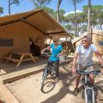 Fietsen op camping Cypsela in Spanje