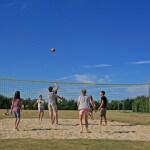 Campingplatz La Bretonnière Volleyball spielen