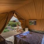 Uitzicht vanuit je safaritent op Camping Capalbio