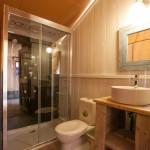 Badkamer van de Safaritent van Glamping4all