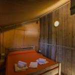 Safaritent van Glamping4all Slaapkamer 2 persoonsbed (160*200 cm) van de 5 persoonstent op Camping Capalbio