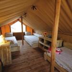 Bovenverdieping van Safari Lodge op Punta Milà
