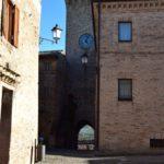 Kerktoren in Lapedona bij Tenuta costa da sole