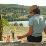 Dordogne Lac du Causse zwembad vanaf camping met uitzicht op meer