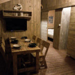 Slamni Safarilodge 5 personen fisherman's glamping village eethoek
