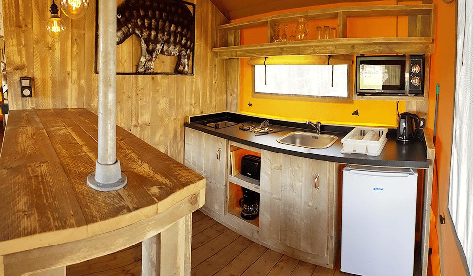 Cerza safaritent keuken