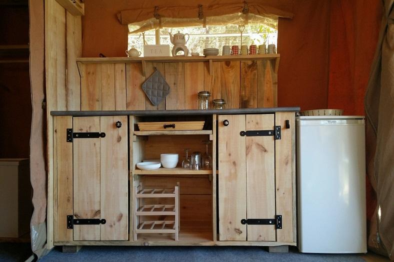 Quinta do Castanheiro safaritent keuken