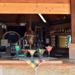 Glamping Resort Vallicella drankje aan de bar