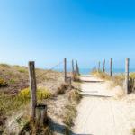 Weggetje naar strand camping Domaine le Midi duinen Noirmoutier