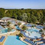 Zwembad les 2 Fontaines overzicht