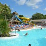 Camping Lou Pignada Zwembad met glijbaan en hydro masssage straal