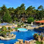 Zwembad camping le Vieux Port met jacuzzi en solarium