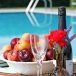genieten bij Tenuta Regina met vers fruit en eigen wijn