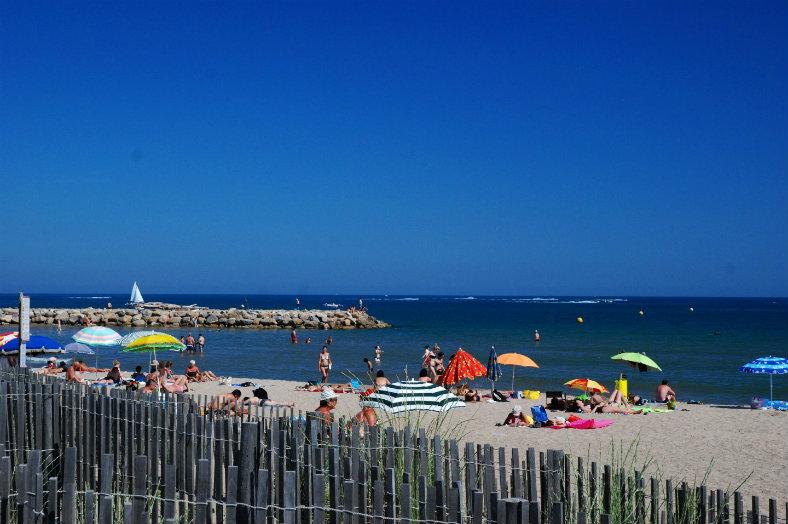 Camping Le Bellevue - mooi zand strand Valras
