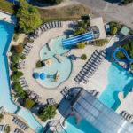 Les Alicourts luchtfoto zwembaden
