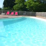 Zwembad op Village Flottant de Pressac