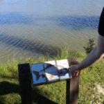 Natuurpad om het meer