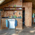 Keuken met vaatwasser