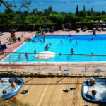 La Rocca- In de jacuzzi bij de zwembaden