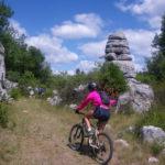 Mountainbiken in de buurt van camping de Coucouzac