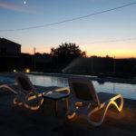 Zwembad bij avond op La Viola e il Sole