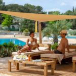 Relaxen bij zwembaden van Le Plein Air des Chênes