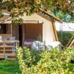 Lodges op watersportcamping Heeg