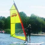 Surfen bij watersportcamping Heeg